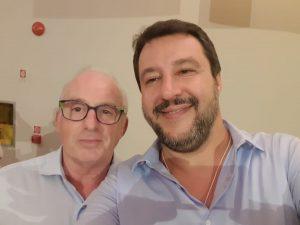 Un consigliere leghista a Perugia è razzista e se ne vanta: