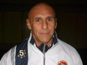 Lutto a Venezia, allenatore ha un malore a bordo campo: Stef