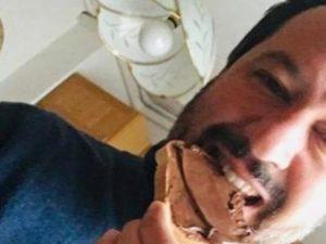 Salvini ha smesso di mangiare Nutella, ma fino a ieri era un