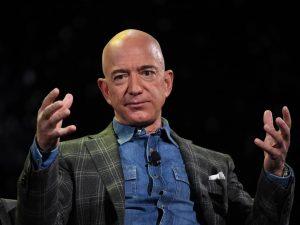 Il telefono di Jeff Bezos hackerato dai sauditi prima dell'o