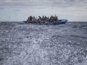 Migranti, nelle ultime ore salvate circa 230 persone nel Med