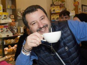 """Gregoretti, Salvini interrompe il digiuno: """"2 giorni sono su"""