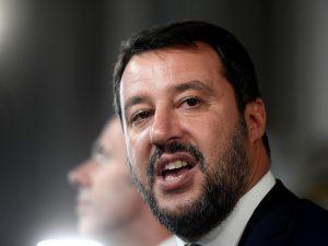 """Salvini critica rapper sessita. Orfini: """"Non è credibile, pa"""
