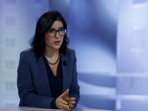 """Pensioni, il ministro Dadone blinda la quota 100: """"Resta, misura importante da confermare"""""""