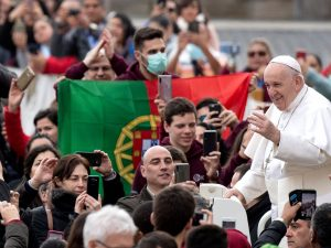 "Papa Francesco: ""Quaresima è tempo per spegnere cellulare e"