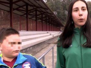 Insulti sessisti all'arbitro donna. Portiere 11enne ferma la