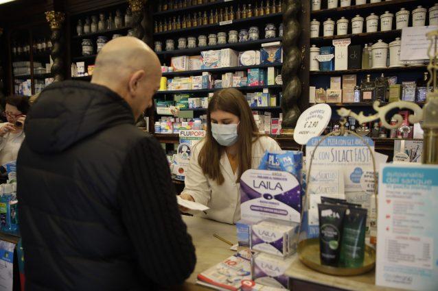 """Coronavirus, norme contro rincaro prezzi mascherine: """"La gua"""