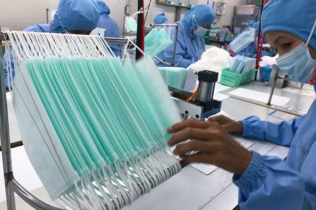 Coronavirus, a Bari e Arezzo rubate mascherine dall'ospedale