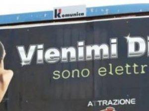 """""""Vienimi dietro, sono elettrica"""": polemiche a Ragusa per la"""