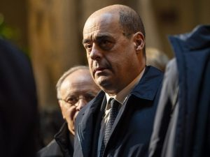 """Zingaretti dopo guarigione da Coronavirus: """"Fake news su di"""
