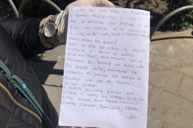 Taranto, clochard lascia una lettera nella cassetta del book