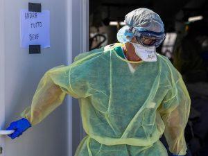L'ospedale di Ascoli invitava medici e infermieri a non usar
