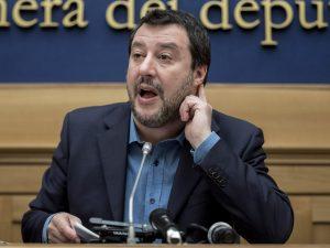 Salvini scambia una battuta di Orfini per una proposta di le