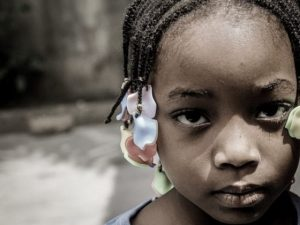 Orrore in Somalia, rapite e stuprate due bimbe di tre e quat