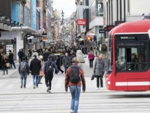 La Svezia non ha attuato il lockdown, ma ora contagi e morti
