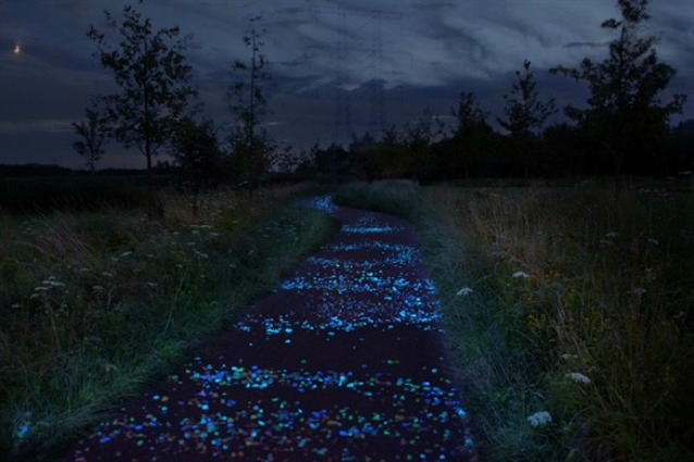 Van Gogh: la Notte Stellata diventa una pista ciclabile