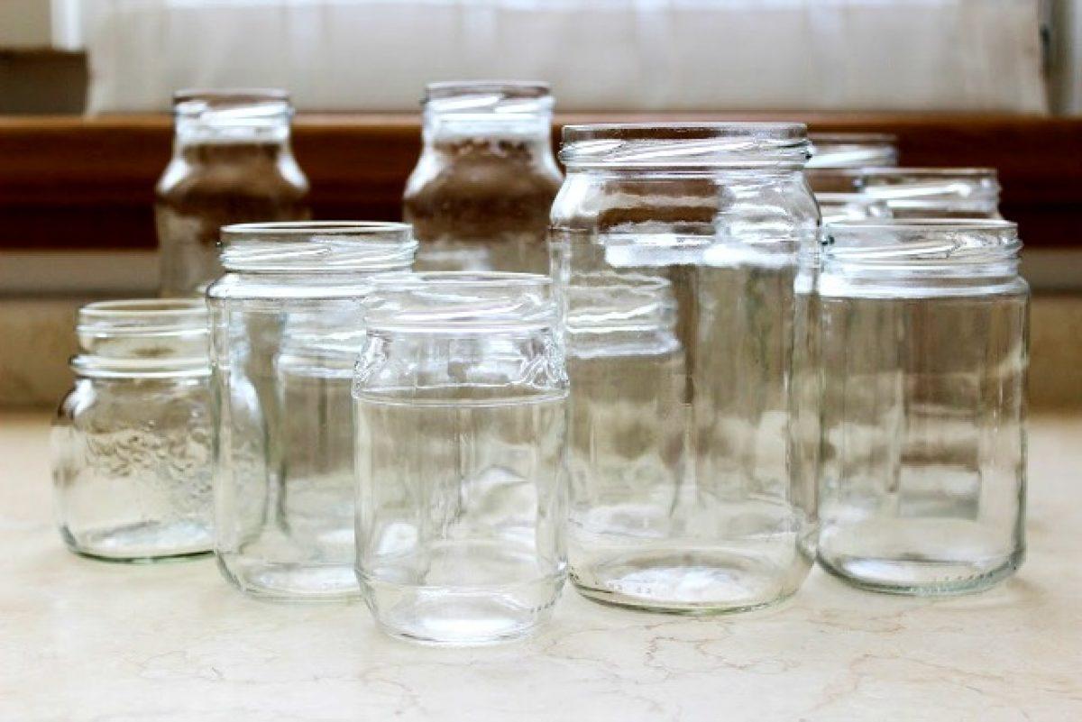 Contenitori Vetro Per Conserve come riciclare i vecchi barattoli: 20 modi originali per
