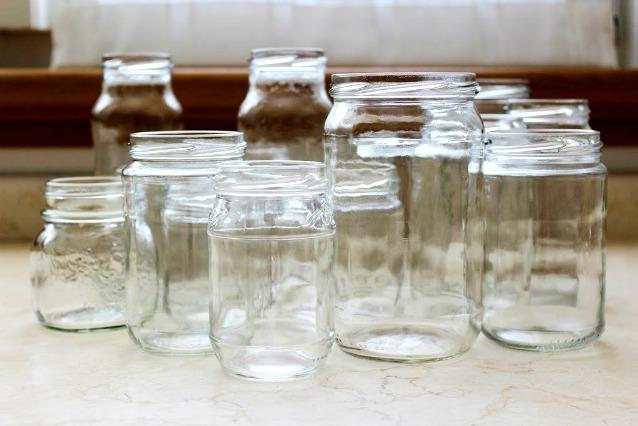 Come riciclare i vecchi barattoli 20 modi originali per riutilizzare i vasetti di vetro - Ikea barattoli cucina ...