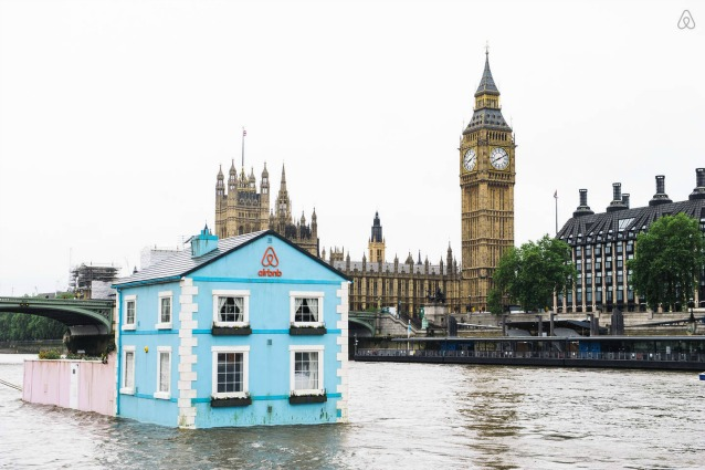 Airbnb: vivere Londra da una casa galleggiante