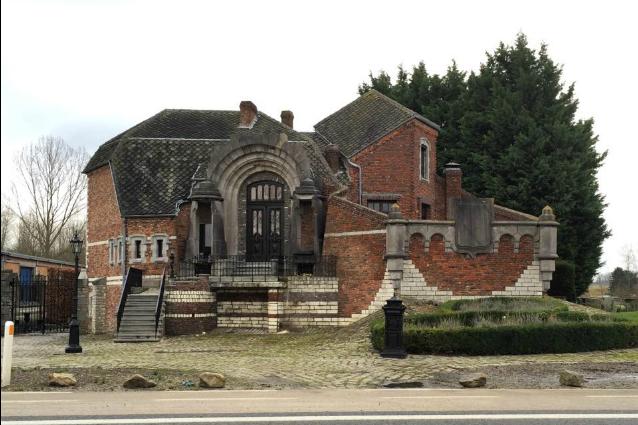 Belgio ecco le 10 case pi brutte che siano mai state for Voglio vedere la casa