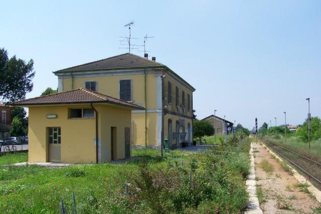 Stazioni gratis in Italia: ecco come richiedere i locali inutilizzati