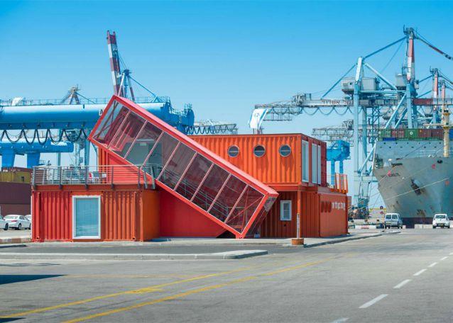 Ufficio A Container : Israele come trasformare vecchi container in un ufficio moderno