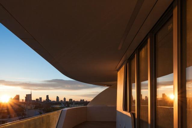 Milano benvenuti nell 39 attico di citylife con vista - Design d interni milano ...