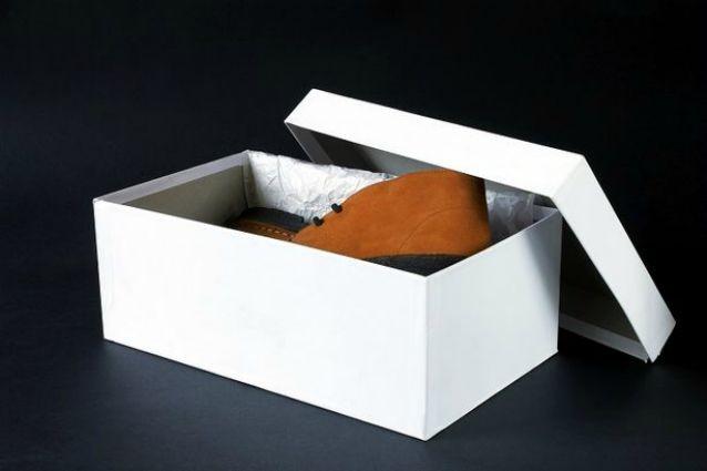 Molto Scatole di scarpe 15 idee per riciclarle in modo creativo IB73