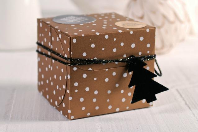 Regali di natale fai da te ecco come creare pacchetti for Immagini di pacchetti regalo