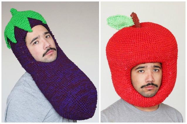 Contro il gelido inverno  ecco gli enormi cappelli a forma di cibo f72f02758eec