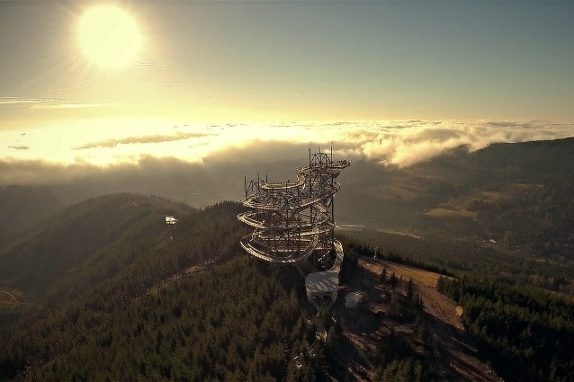 Sul tetto del mondo: benvenuti al Dolni Morava Sky Walk