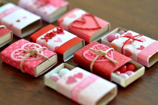 Favoloso San Valentino ecco come realizzare un regalo fai da te che vale  JQ35