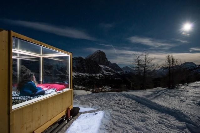 Starlight Room: ecco la scatola mobile per dormire sotto le stelle di Cortina