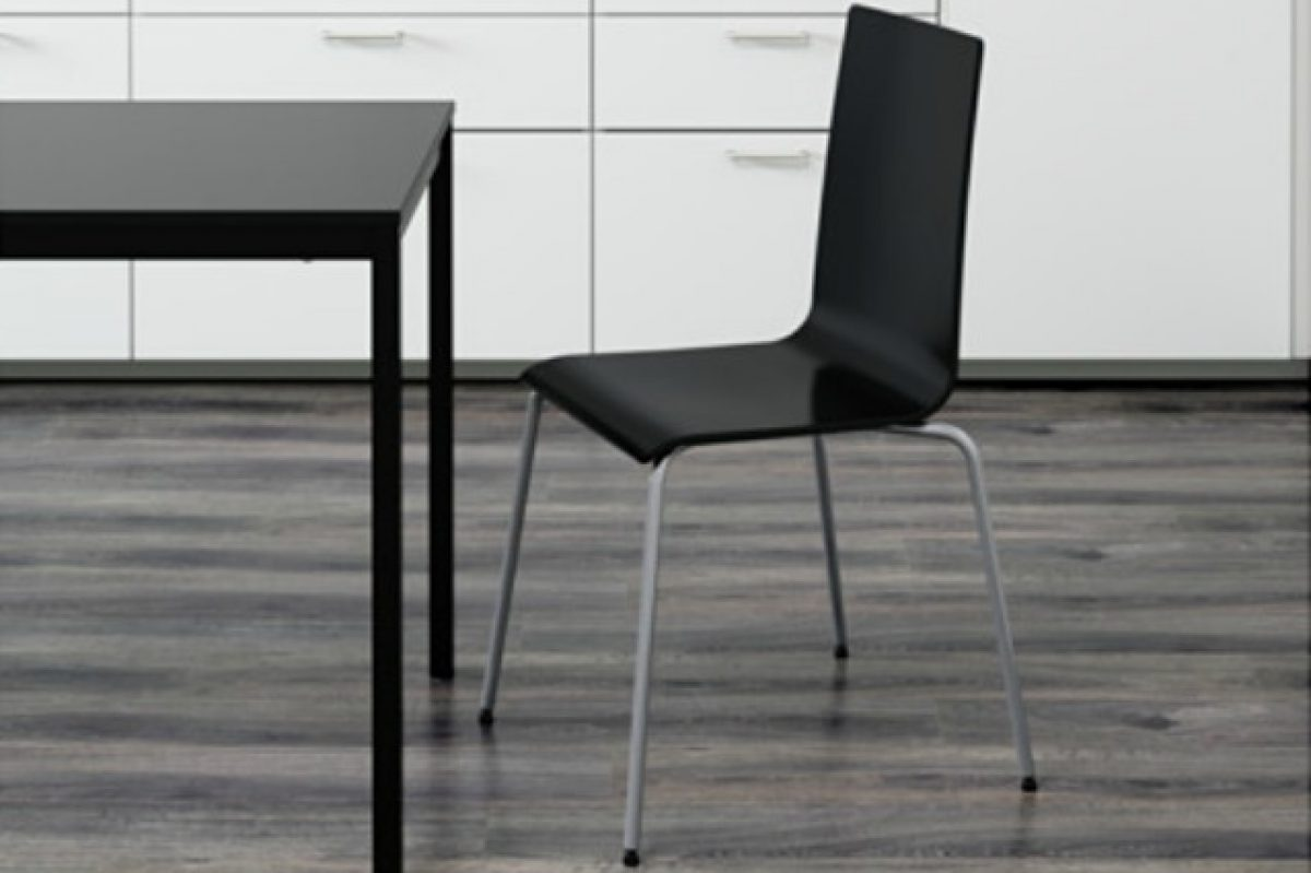 La sedia si rompe e ikea rimborsa la martin è difettosa