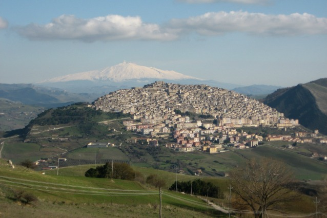 Case ad 1 euro da nord a sud italia ecco tutti i paesi for Luoghi abbandonati nord italia