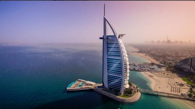 Burj al arab una nuova terrazza per l 39 hotel pi lussuoso for L hotel piu bello del mondo