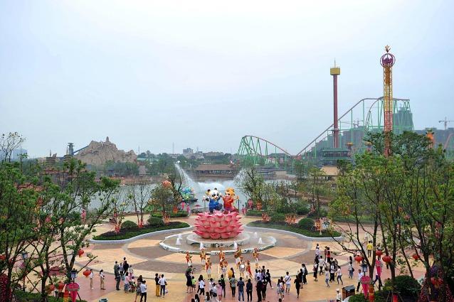 Cina: apre il Wanda City, il parco divertimenti che dichiara guerra alla Disney