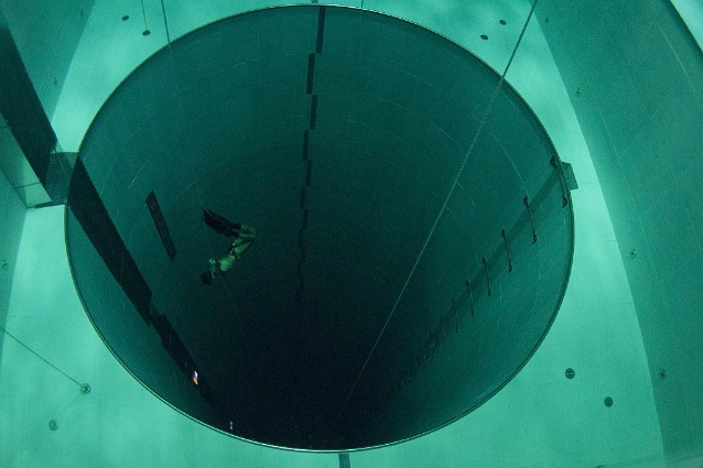 È italiana la piscina termale più profonda del mondo: ecco dove si trova