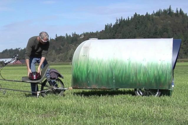 Spende 140 euro per costruire la sua casa mobile: il risultato è assurdo