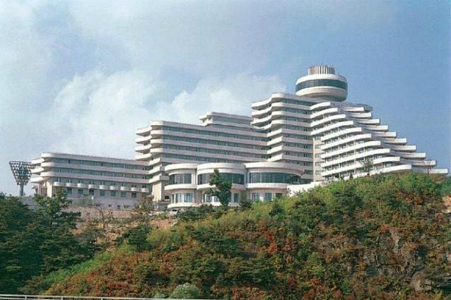 """""""È come una prigione!"""": l'hotel più lussuoso della Corea del Nord non piace a nessuno"""