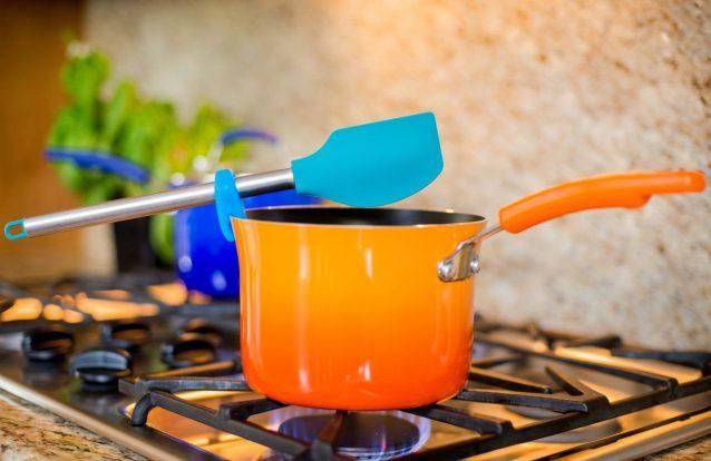 Utili invenzioni ecco gli utensili da cucina che - Stoviglie e utensili da cucina ...