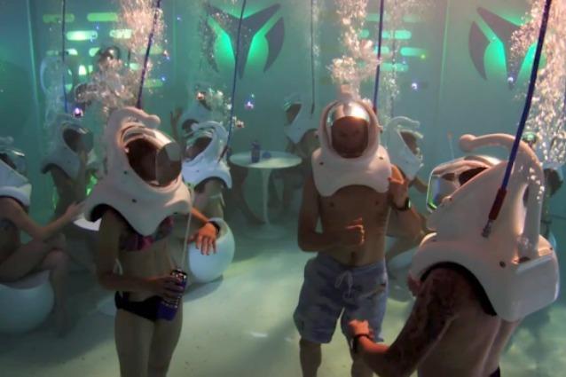 Bere come un pesce: benvenuti nella prima discoteca subacquea del mondo