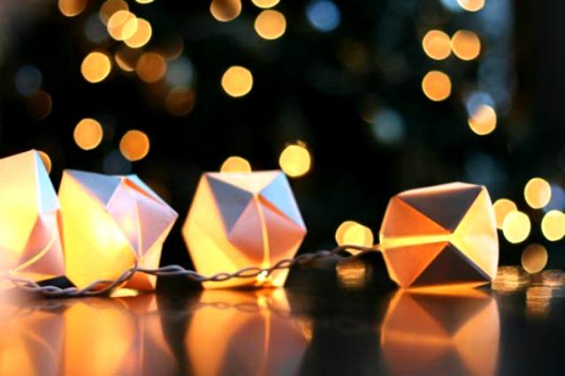 Come trasformare le luci di Natale in lanterne decorative