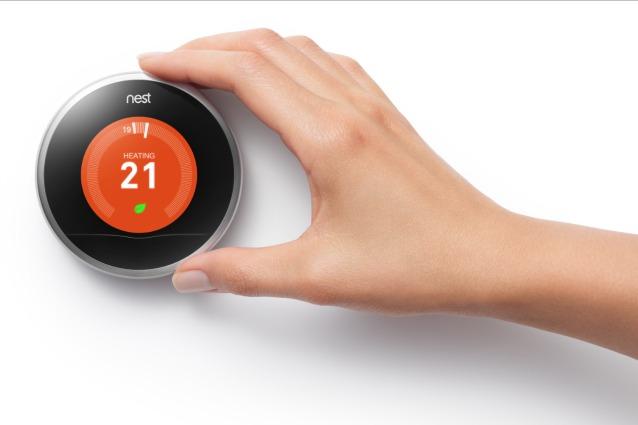 Nest arriva in Italia: ecco il termostato di Google che riscalda casa e risparmia energia