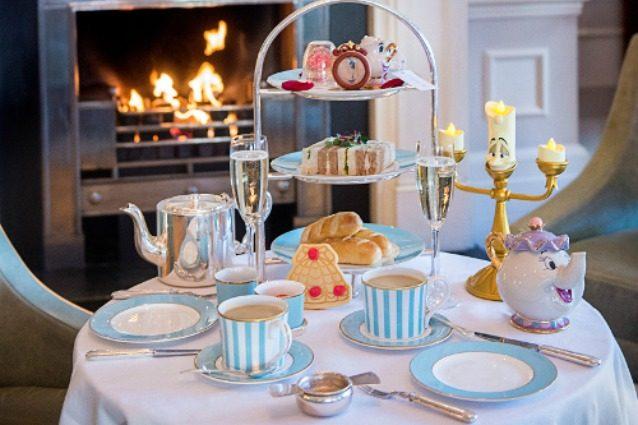 """Londra, """"La Bella e la Bestia"""" diventa un servizio da tè"""