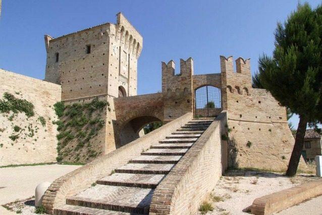 Castello di Montefiore – Recanati