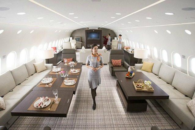 Un attico nel cielo: a bordo del più grande jet privato del mondo