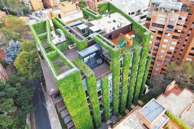 Bogotà supera Milano: ecco il giardino verticale più grande del mondo