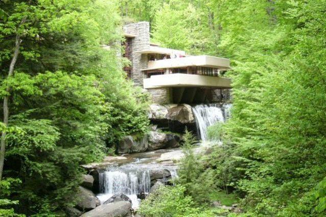 Dal Guggenheim di New York alla Casa sulla Cascata: 150 anni di Frank Lloyd Wright