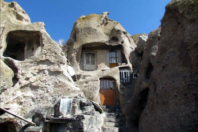 le case nella roccia ecco i pi antichi edifici ancora